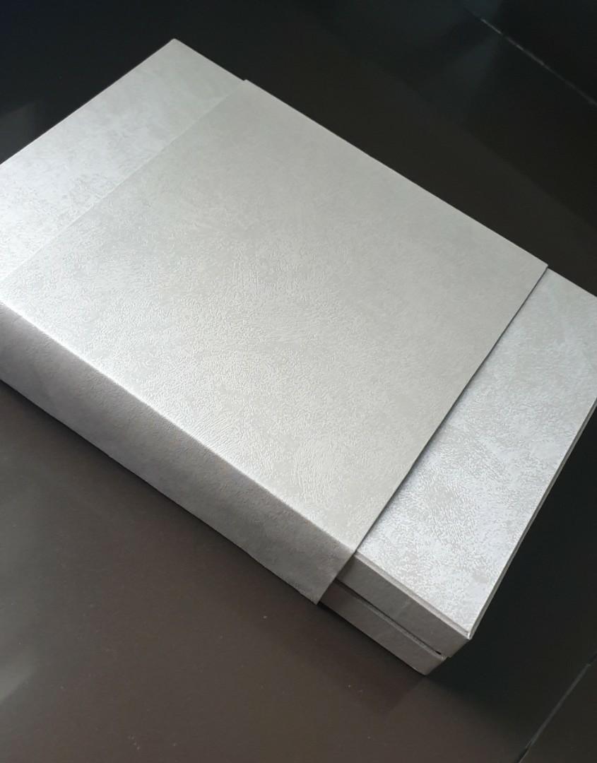 brand new hard cover box ( kotak )silver very  good quality