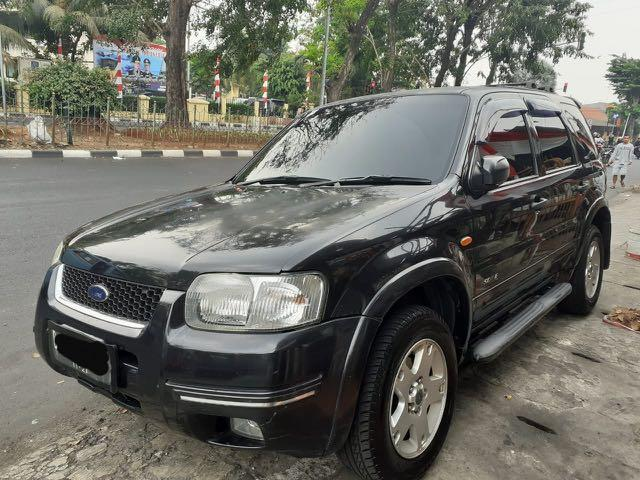 Ford Escape 2.3 XLT tahun 2005