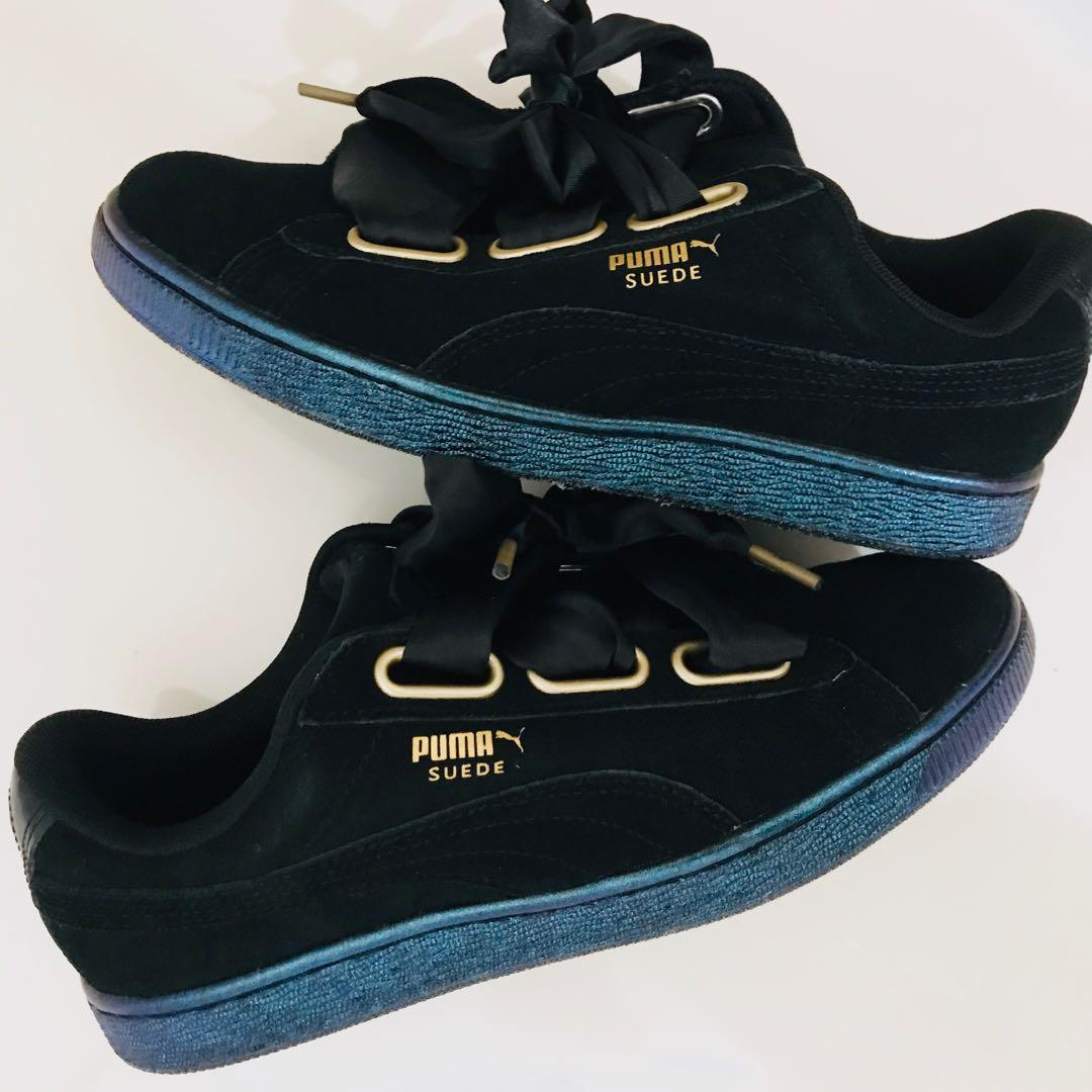Puma Suede Heart Almost New Womens US 7
