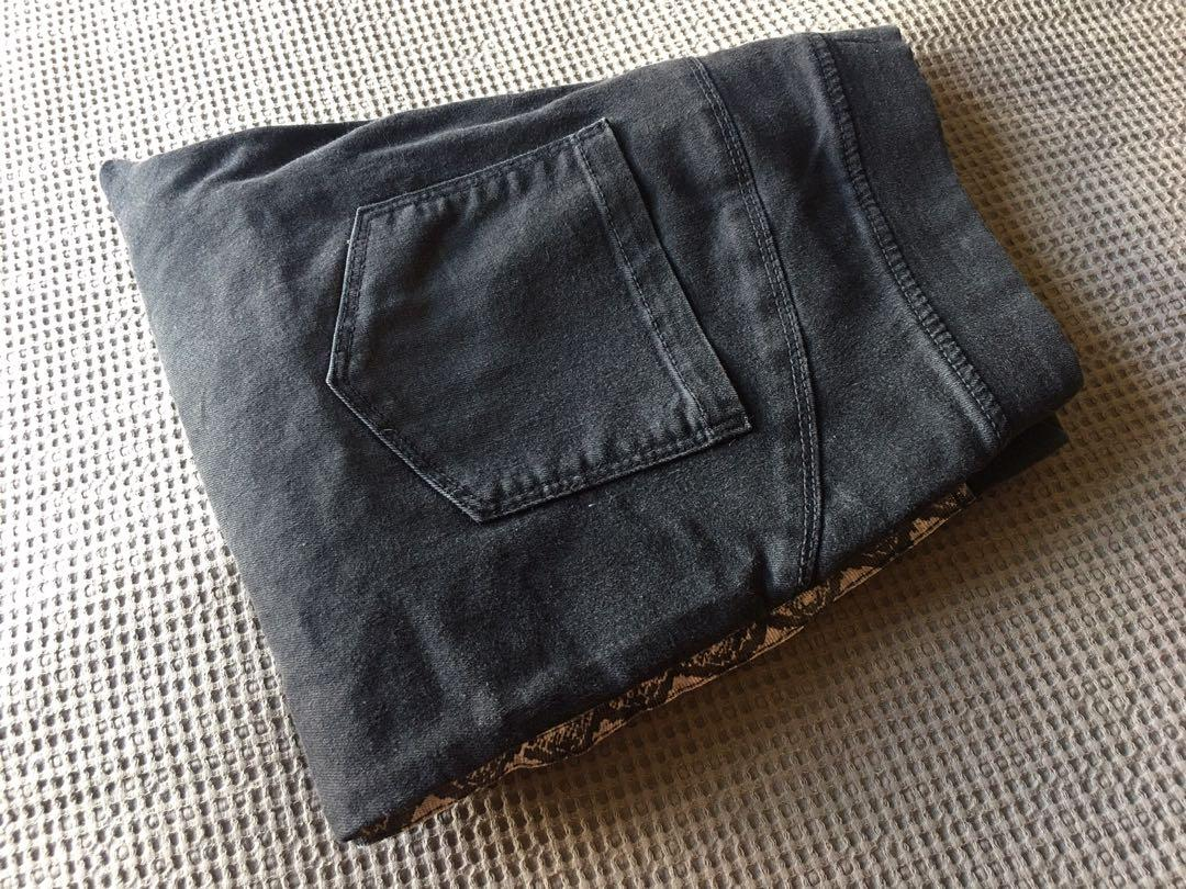 Acid Wash Snake Strip Jeans