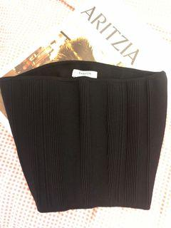 Brand new without tag Babaton black tube top (S)
