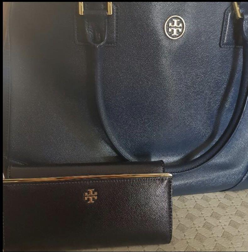 Lightly used authentic Tory Burch tote bag and wallet