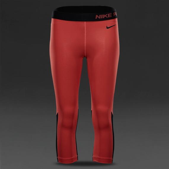 Extra lo mismo Pensamiento  Nike Pro Hypercool Capri 2.0 - Daring Red/Black (Women's Size XS), Sports,  Sports Apparel on Carousell