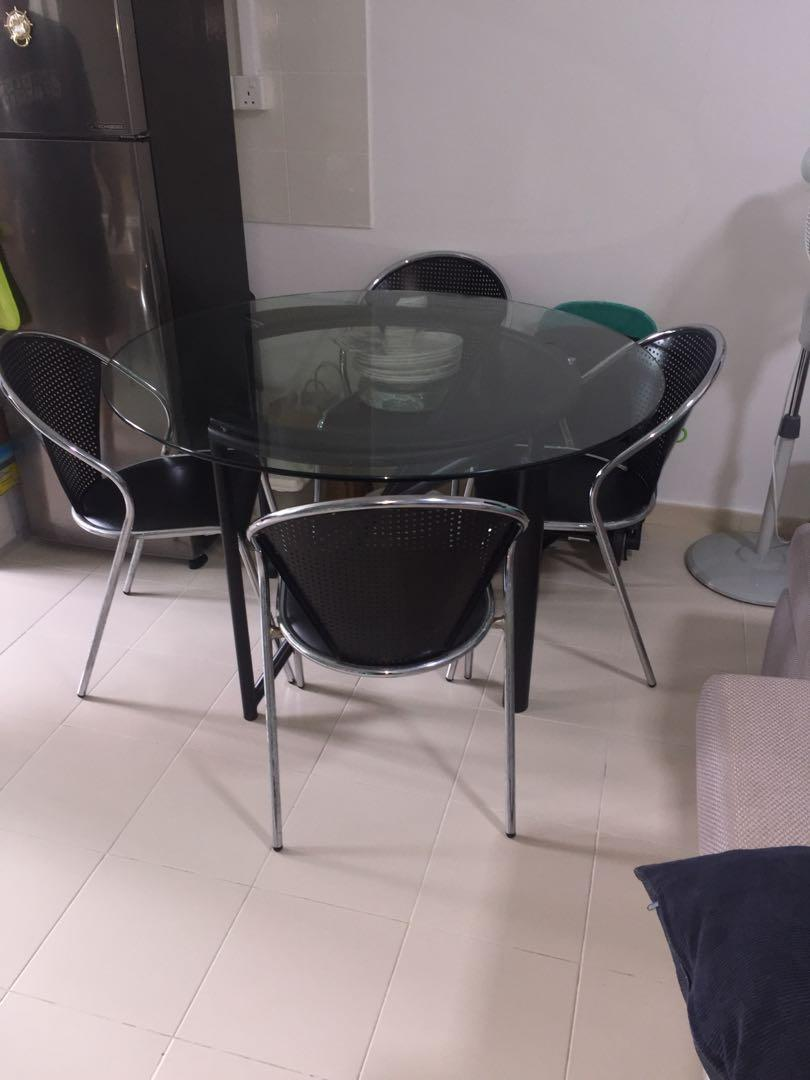 Picture of: Round Glass Top Dining Table Set With 4 Chairs Furniture Tables Chairs On Carousell