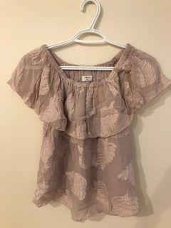 Wilfred off the shoulder blouse (xs) in Camille