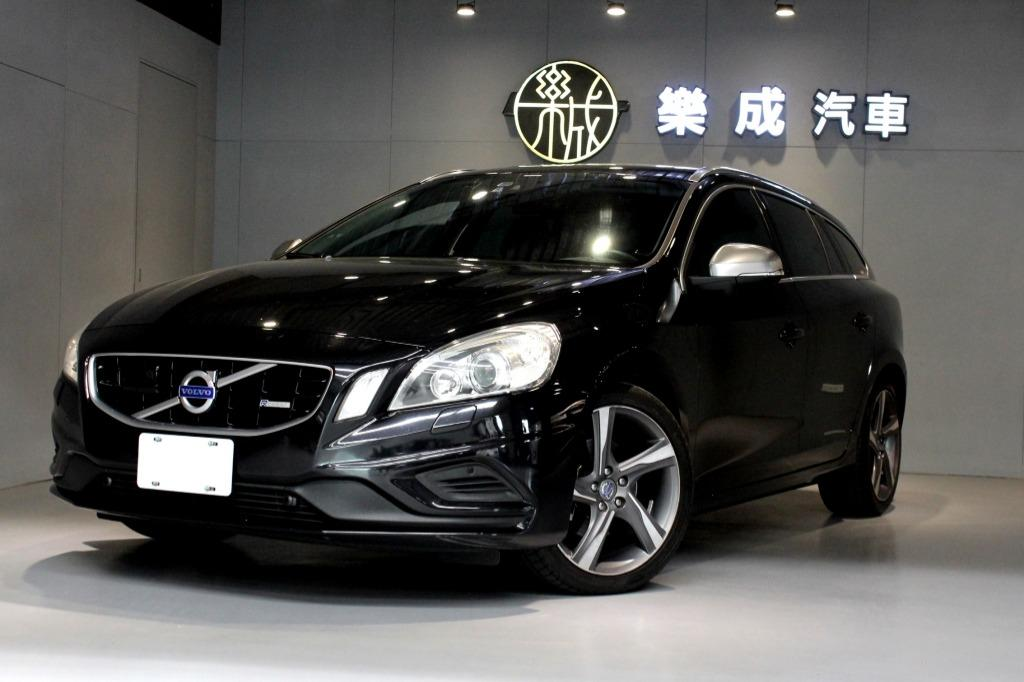 2012年 Volvo V60 T5 R-Design 滿滿配備,大空間又有動力! 現在只要半價!