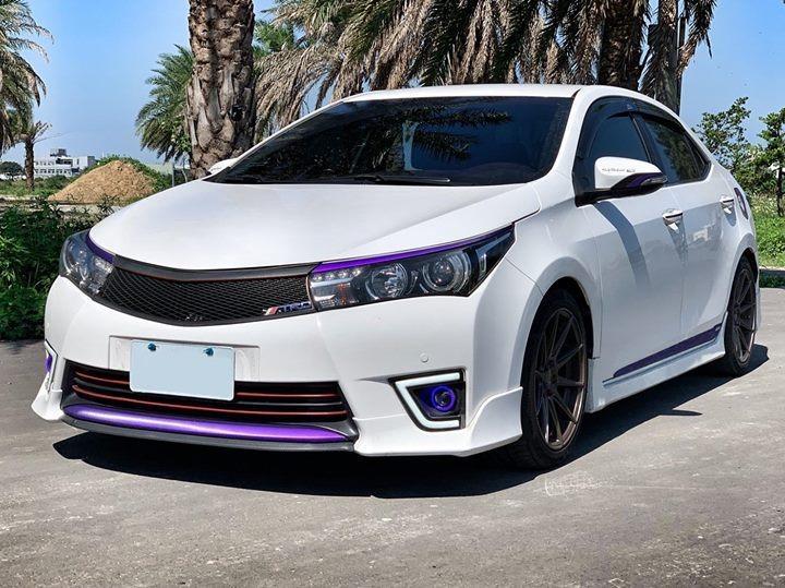 FB搜尋【世康中古車買賣】《熱門車款》2014年本田1.8ALTIS白 TRD套件