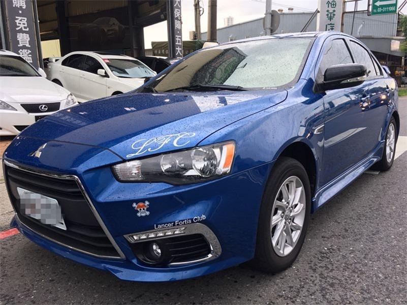 FB搜尋【世康中古車買賣】《熱門車款》2015年三菱 FORTIS 頂級 藍