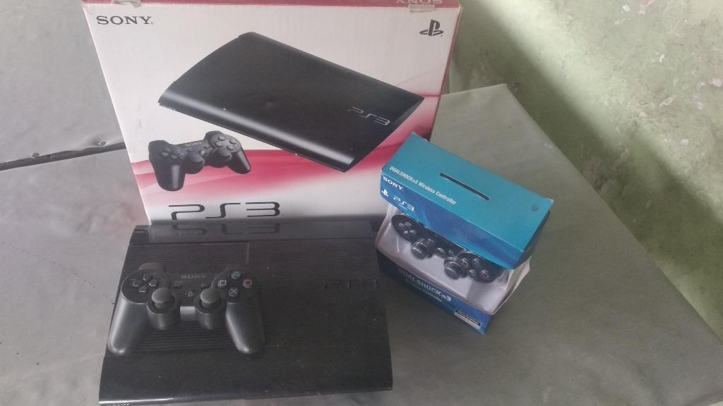 PlayStation 3 super Slim 500gb hfw