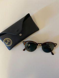 Ray Ban clubround classic sunglasses