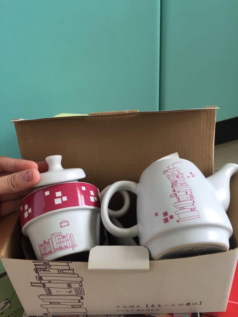 「免費」陶板屋茶器組