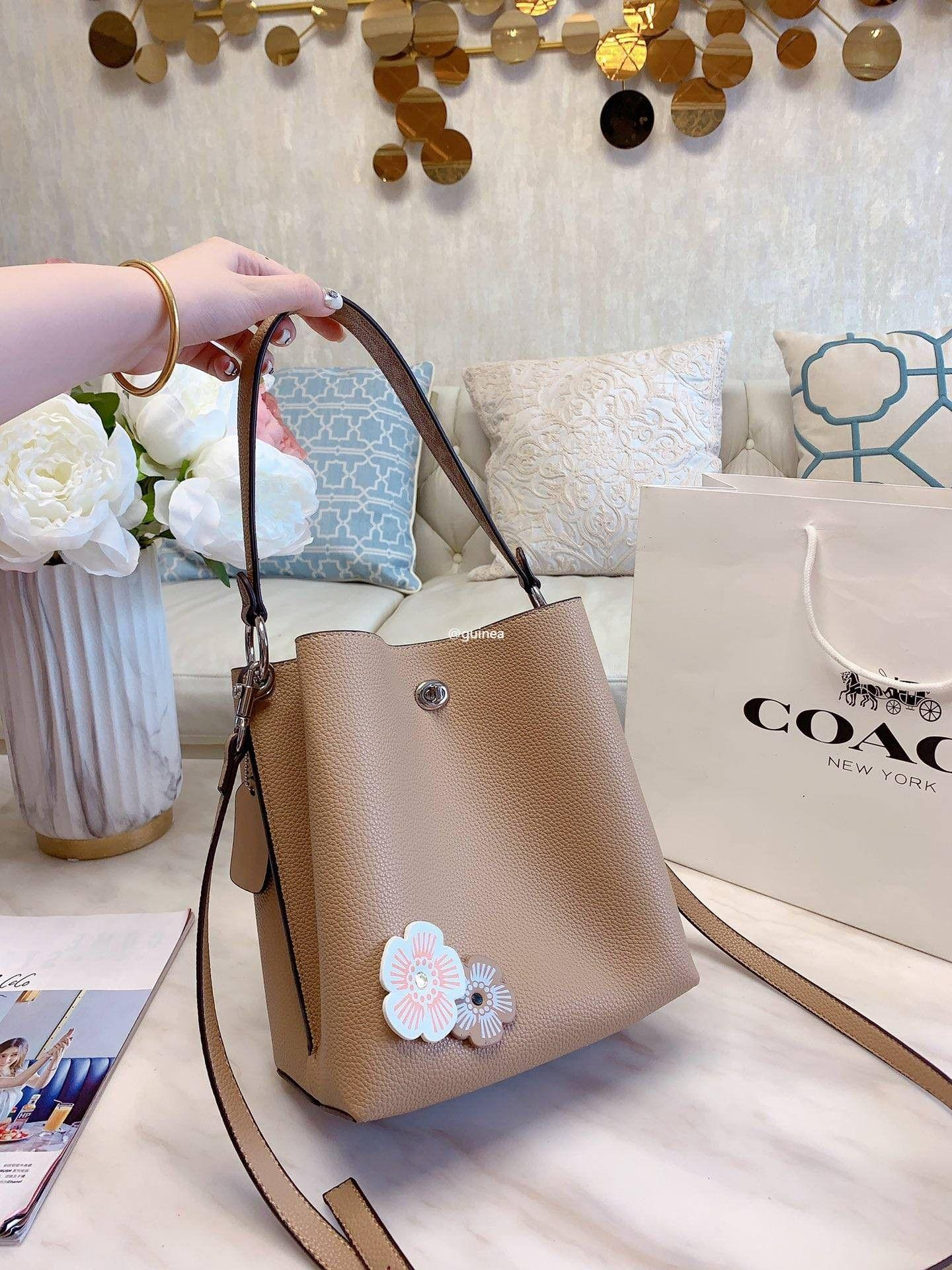 Coach Counter Quality New Charlie Bucket Bag Bucket Shoul Women S Fashion Clothes Outerwear On Carousell