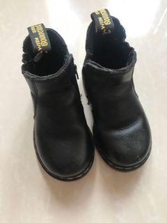 Dr Martens Baby size 6 US