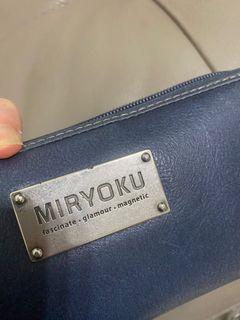 Miryoku長夾最耐看藍色