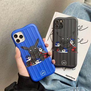 Nike AJ x Black pikachu iPhone case 防滑 行李箱 手機套(包平郵)