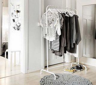Penyangkut Baju Home Furniture