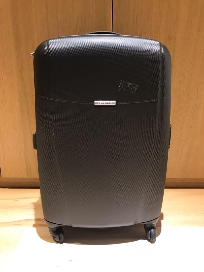 24吋行李箱