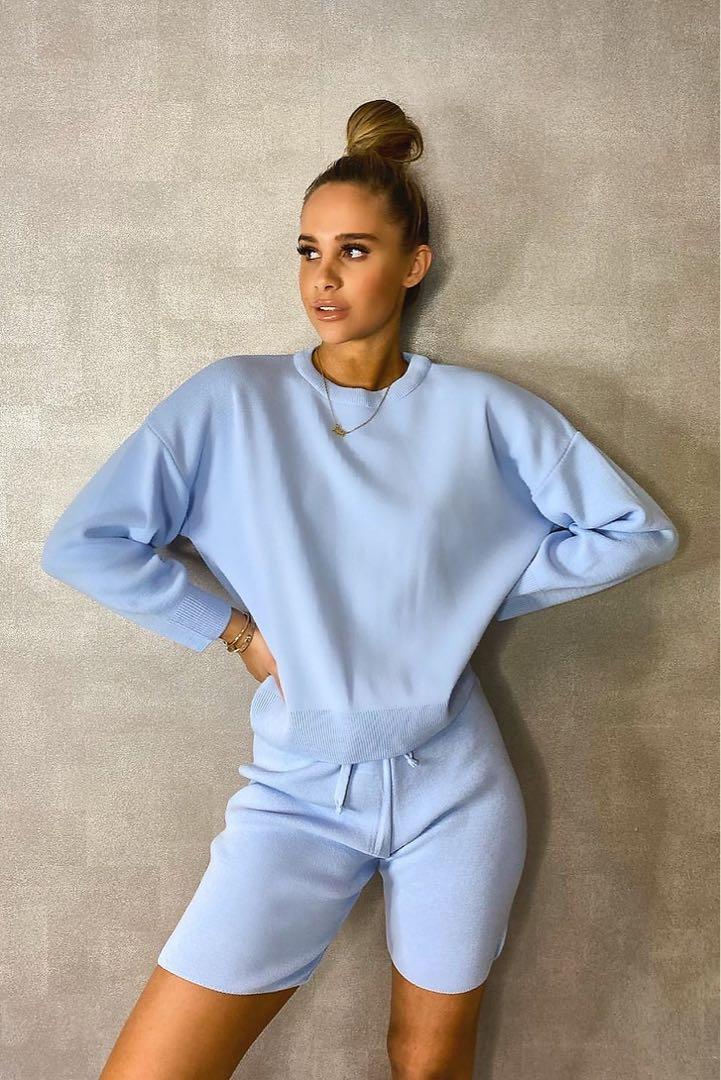 Boohoo baby blue knit set