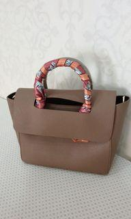 Classy bag with strap