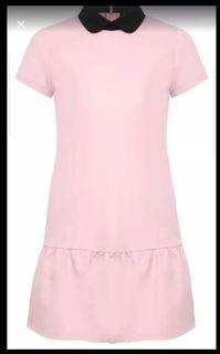 Dress with frilled hem and contrast collar