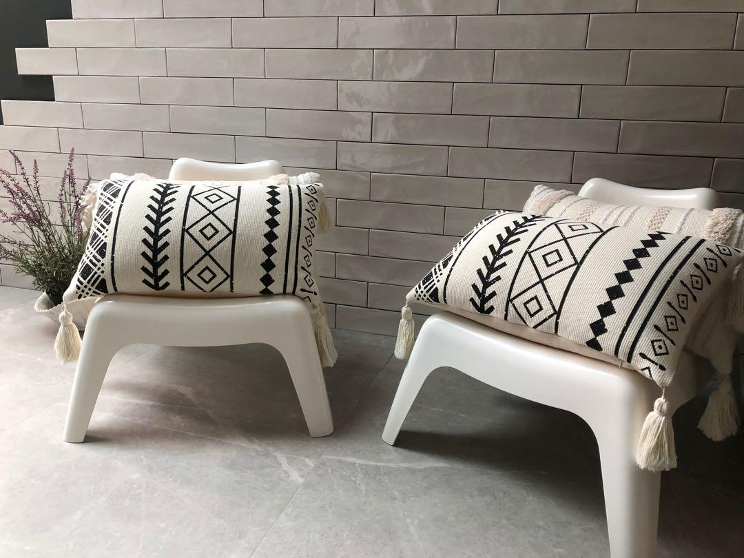Picture of: Ikea White Chairs W Cushions Furniture Tables Chairs On Carousell