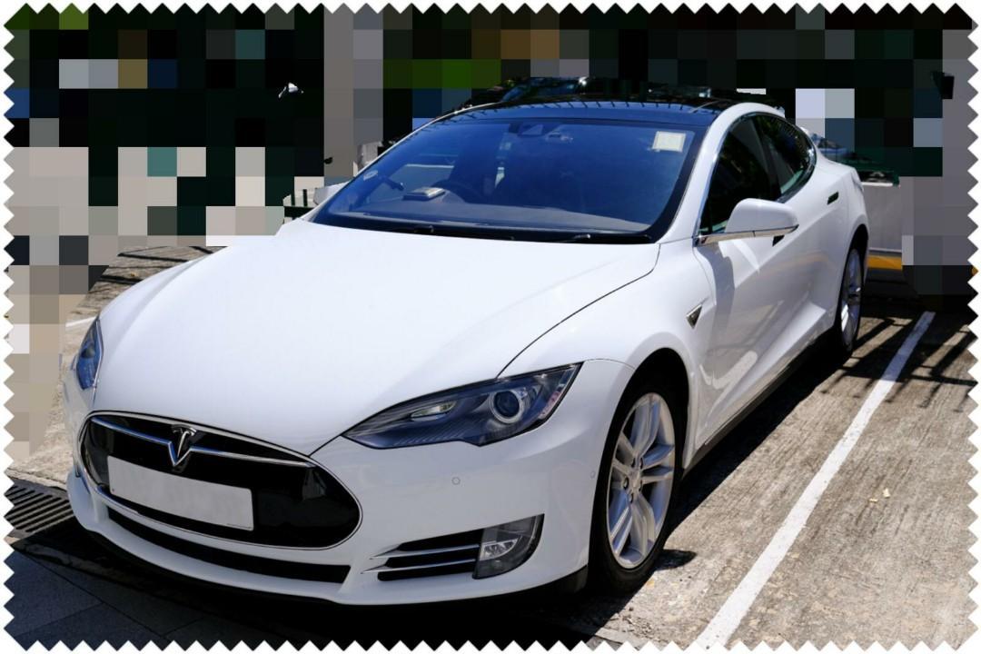 Tesla Model S 85 D Auto