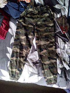 Cameo pants
