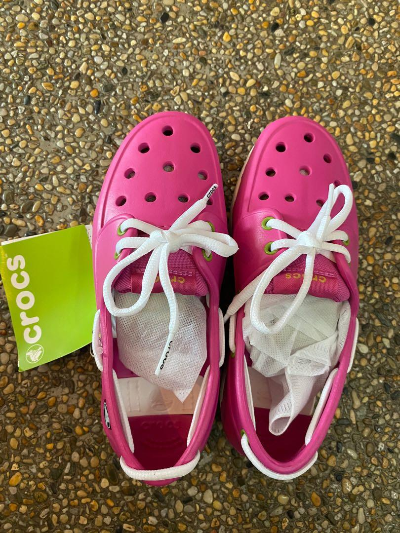 Brand New Crocs Pink Junior Size J2 (UK