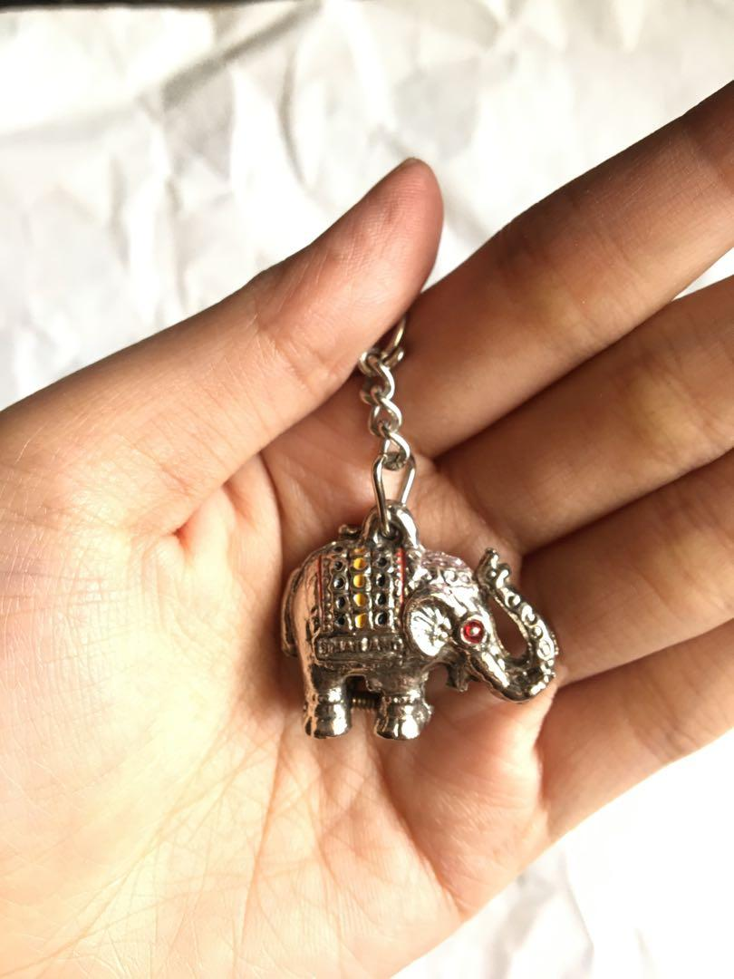 gantungan kunci  gajah Thailand