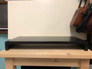 黑色鍵盤收納架