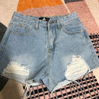 Ajpeace 牛仔短褲