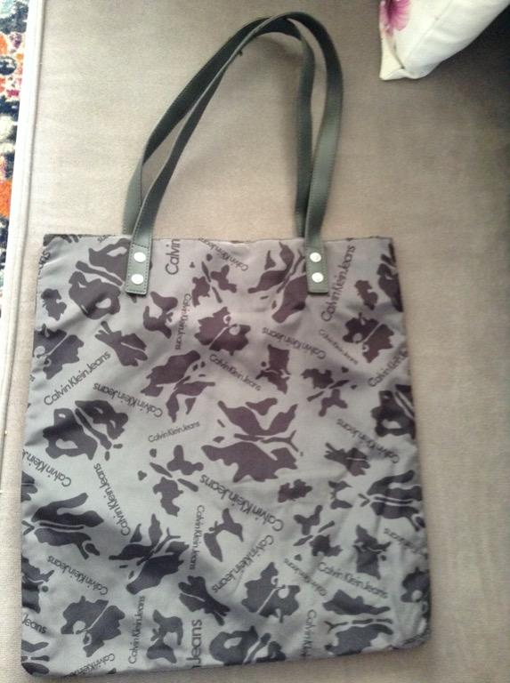 Calvin Klein Grey Handbag - Like New