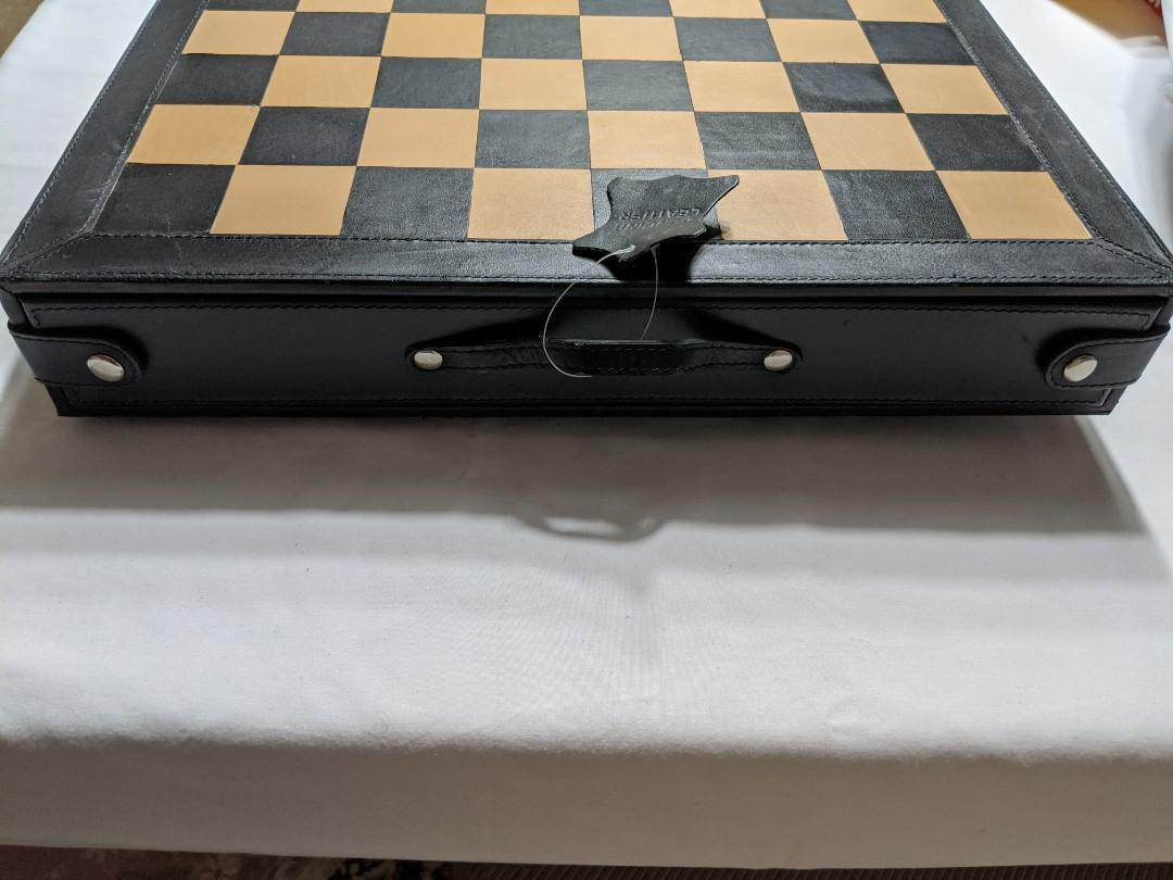 Chess set - All wood and genuine leather
