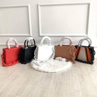 SALE TAS CHARLES AND KEITH CHUNKY CHAIN TOP HANDLE STRUCTURED TOTE CNK 717 ORIGINAL