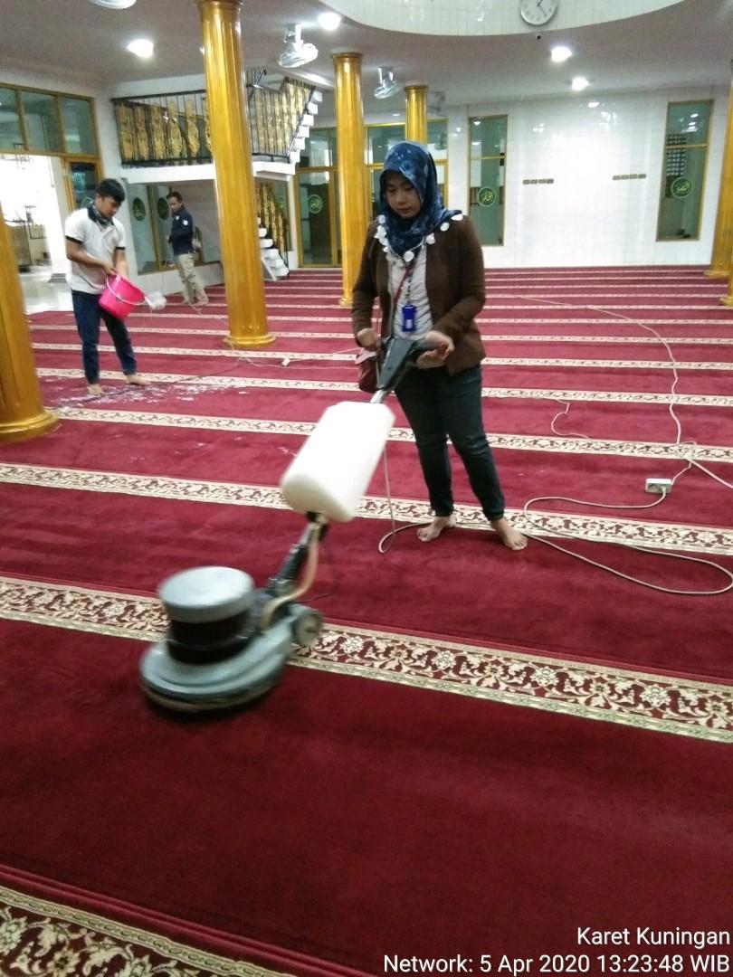 Terima jasa House Cleaning,Offic Cleaning, freelance wilayah Jakarta selatan,full day hari Sabtu dan Minggu,untuk Senin-Jumat mulai jam 16.00-selesai