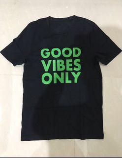 "Giordano Kaos Ukuran M ""Good Vibes Only"" New Black"