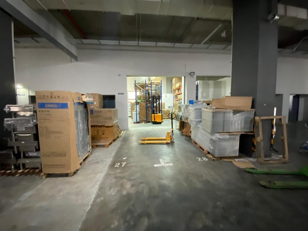 Hiring Driver cum warehouse assistant
