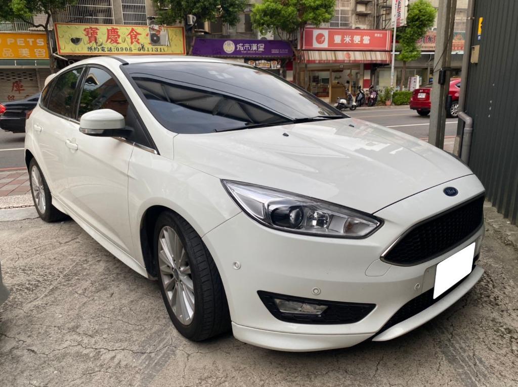 2017 focus 白 頂 1.5L