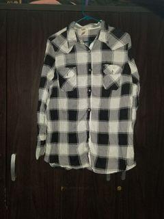 Checkered longsleeves top
