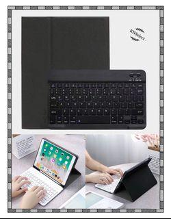 iPad 10.2 Smart Keyboard Case with Pencil Holder