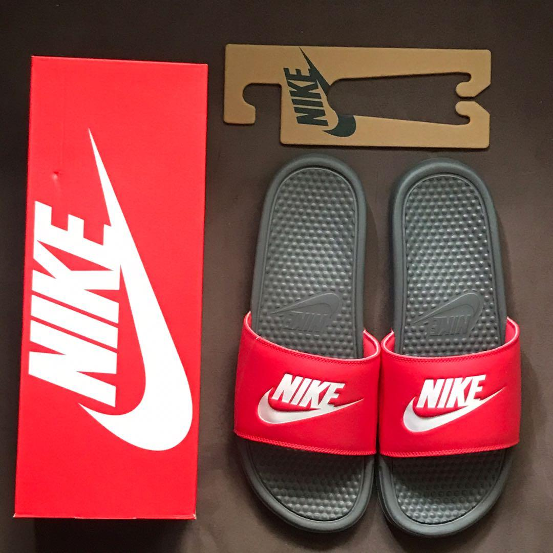 nike slippers size 11