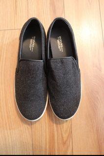 Brand New Slip On/Loafer - Made in Korea - size 8.5-9
