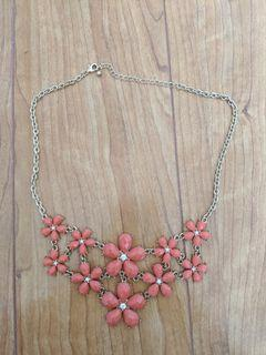 Forever 21/F21 - Pink Flowery Chunky Necklace/jewelry