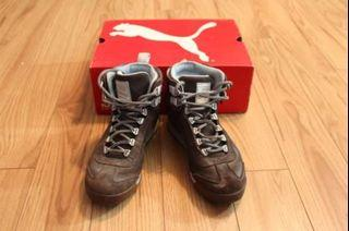 Puma Brown laced up boots - size 8.5