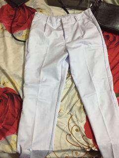 Celana putih new