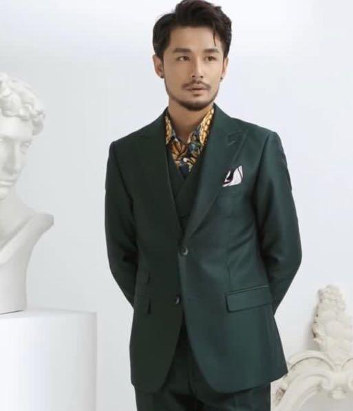 復古英倫戧駁領西服套裝男三件套商務休閒男士綠色西裝韓版修身潮
