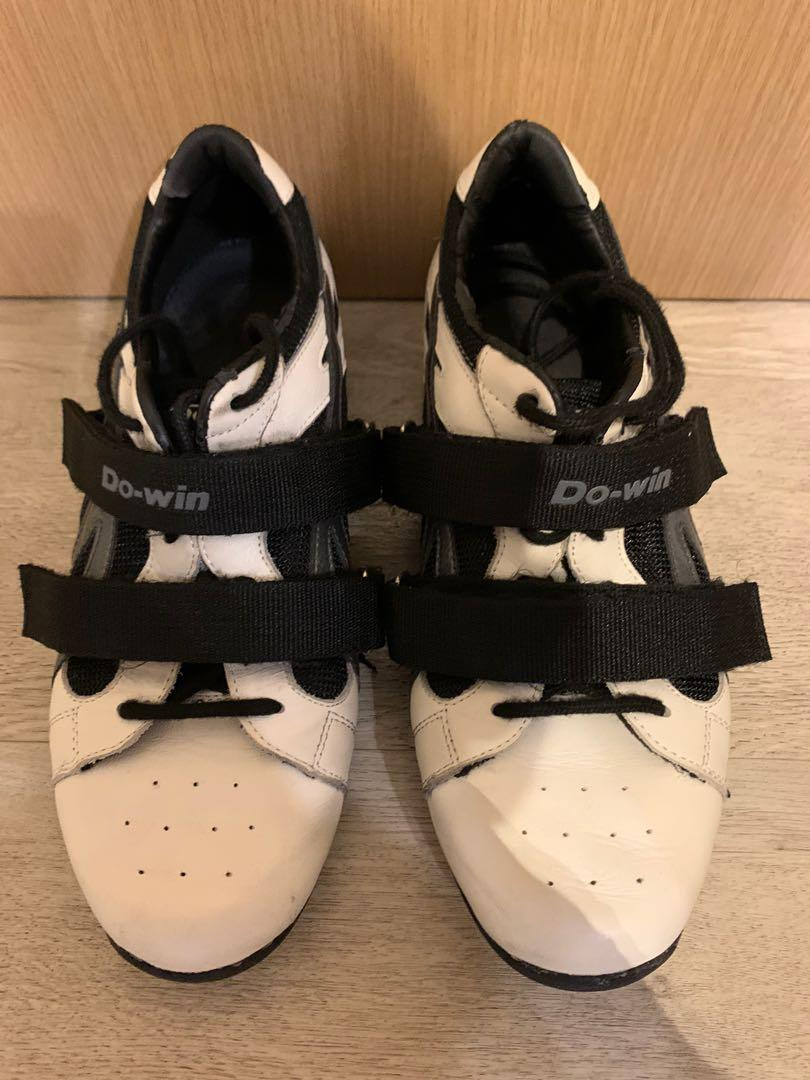 do-win lifting shoes US 8.5 but fits