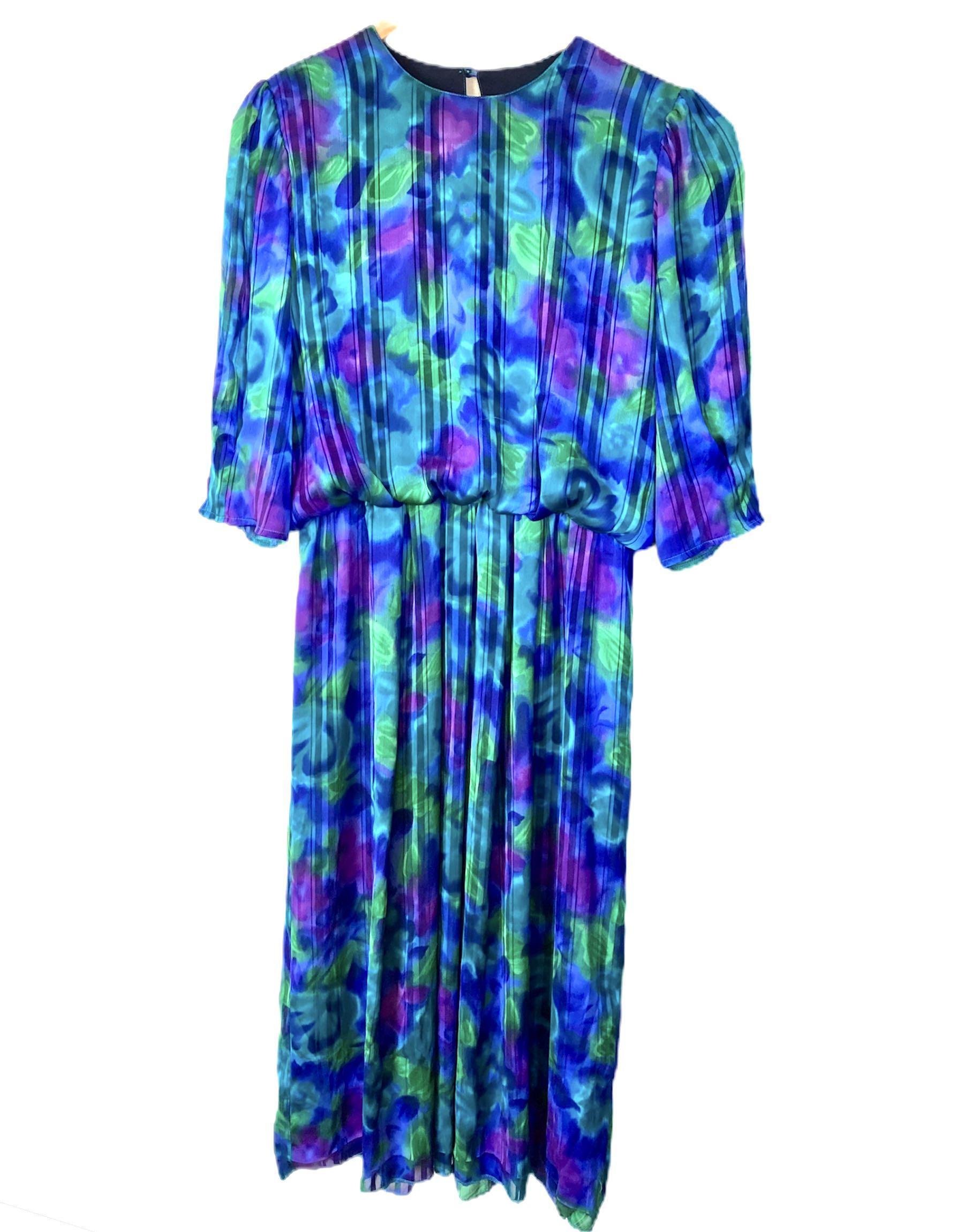 Short sleeve Midi vintage dress