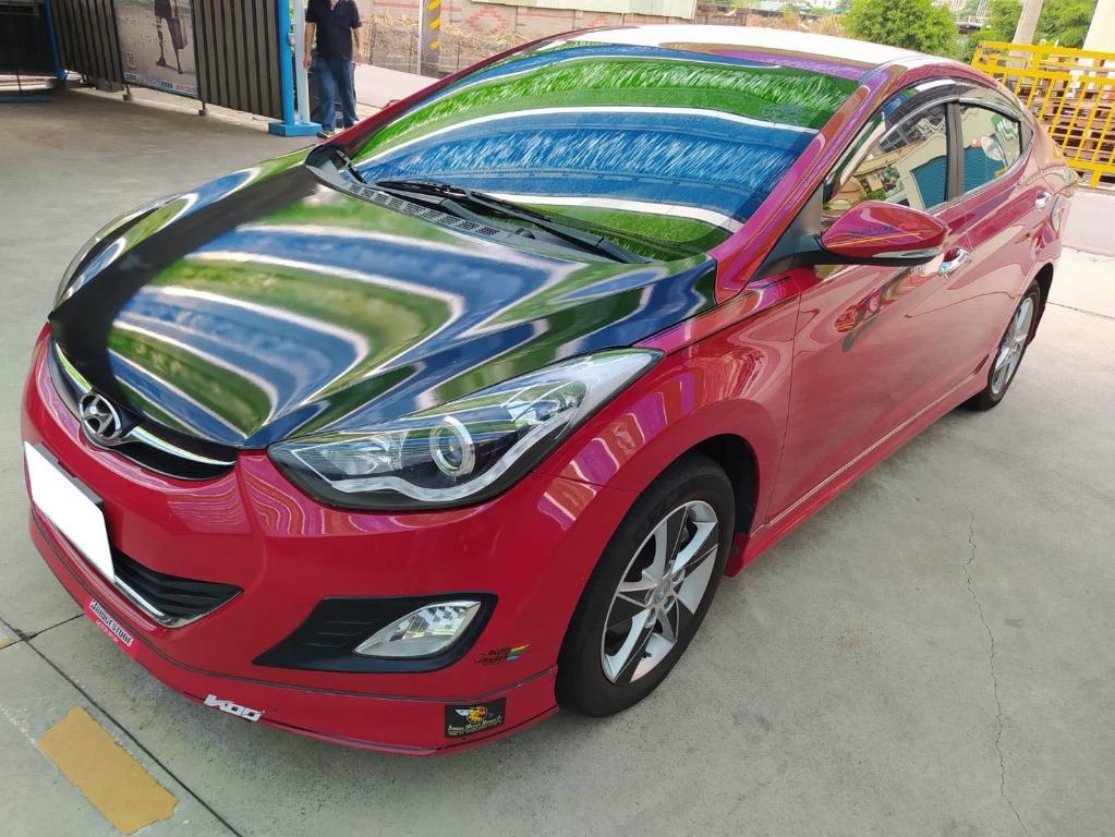 2013年Hyundai現代Elantra 旗艦紅黑