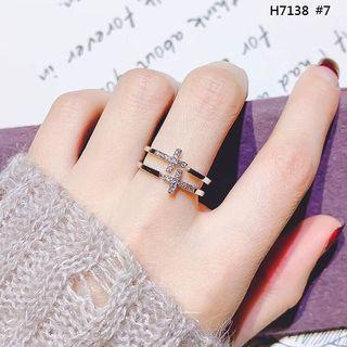 韓版鑲鑽十字造型玫瑰金戒指